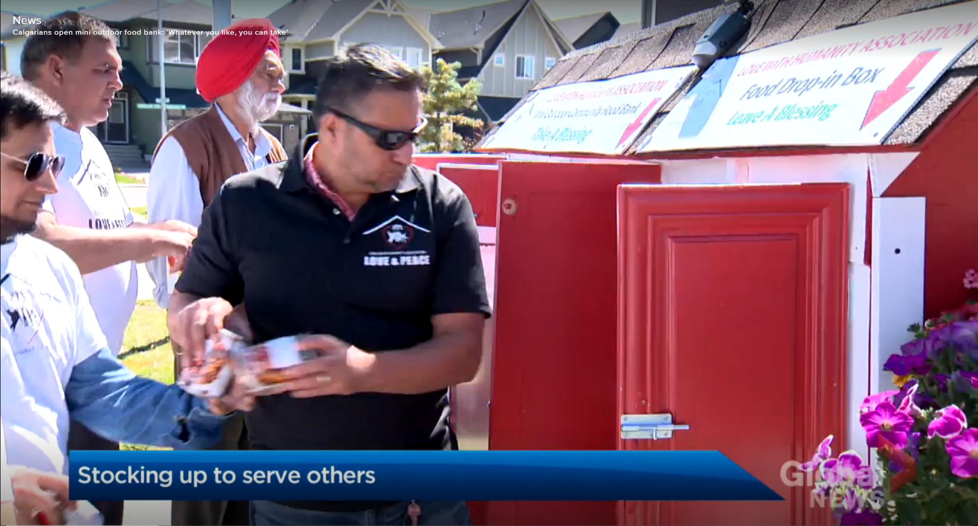 Calgary group launches mini food bank