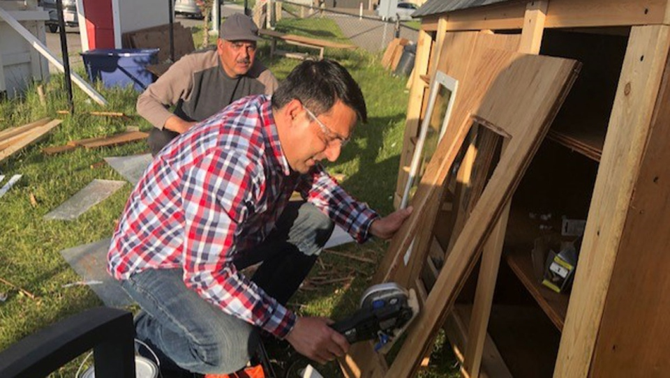 Free mini-outdoor food bank, library provided to Ranchlands housing co-operative